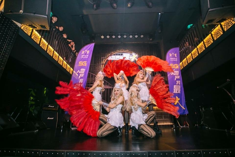 Malaysia corporate dancers and entertainments