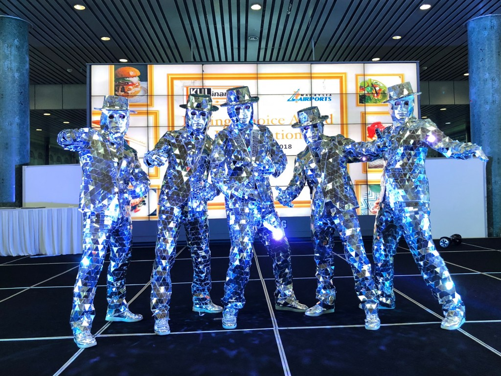 Twister Dancers mirrorman performances enquiries +60197710102.